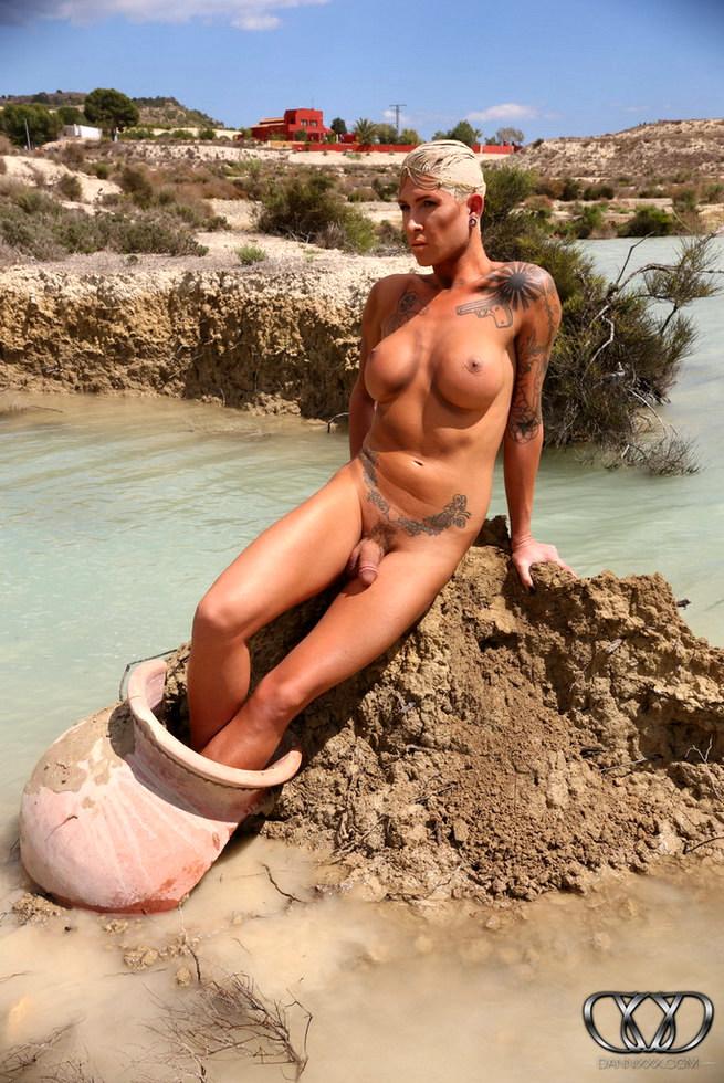 Tgirl Danni Daniels - The Lake
