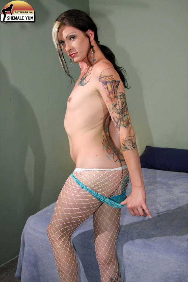 Transexual Morgan Bailey - Morgan Bailey Fishnet Pantyhose