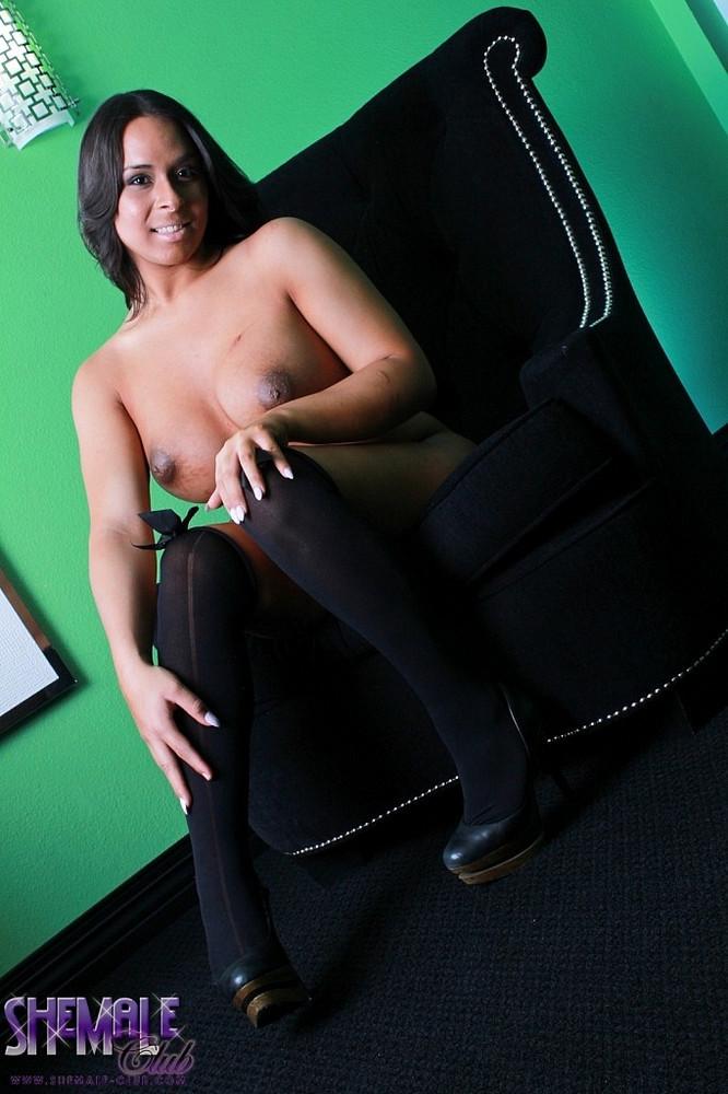 Tgirl Plumper Brianna - Brianna