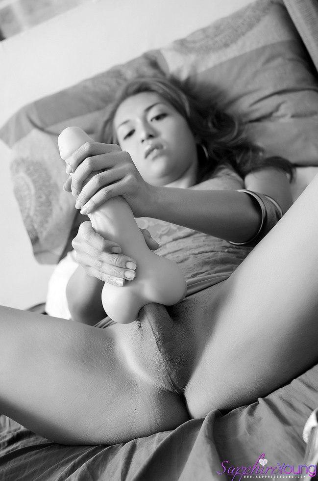 Tgirl Sapphire Young - Fuckmycock