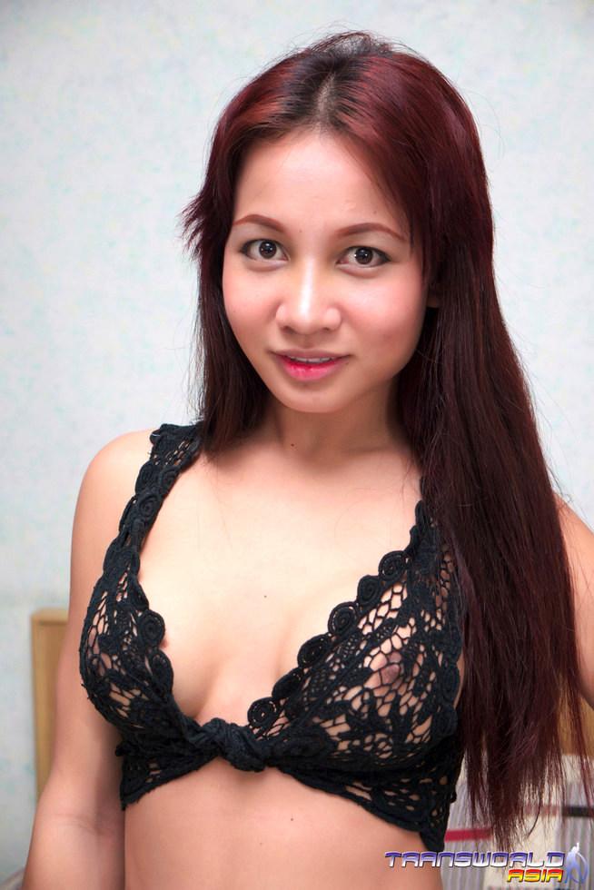 Thai Tgirl Poppy
