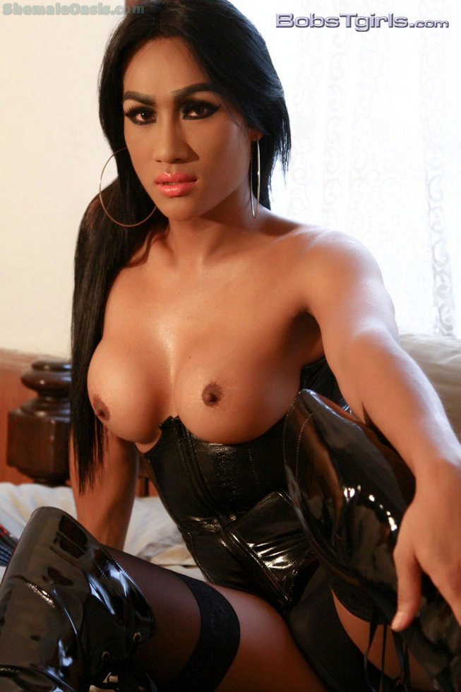 Thai Transexual Amy - Amy Corset And Boots