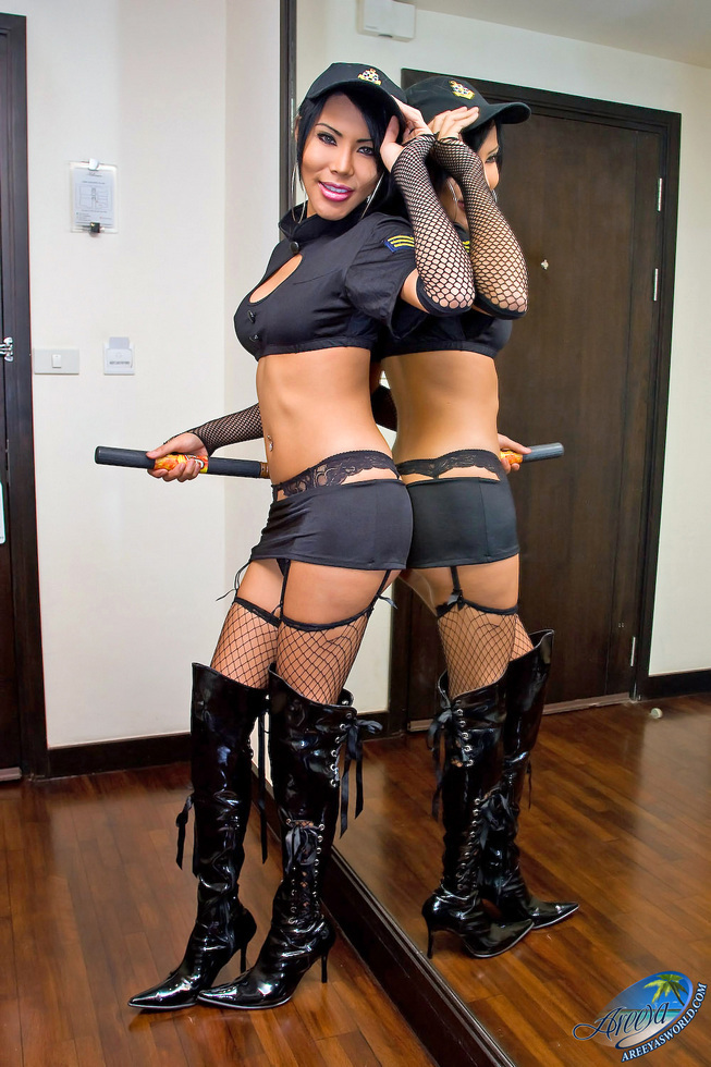 Thailand T-Girl Areeya - Security Cigog