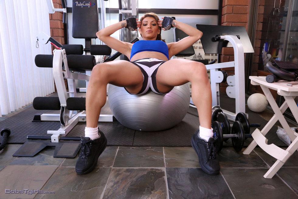 Transexual Jessy Dubai - Jessy Dubai Fit And Trim