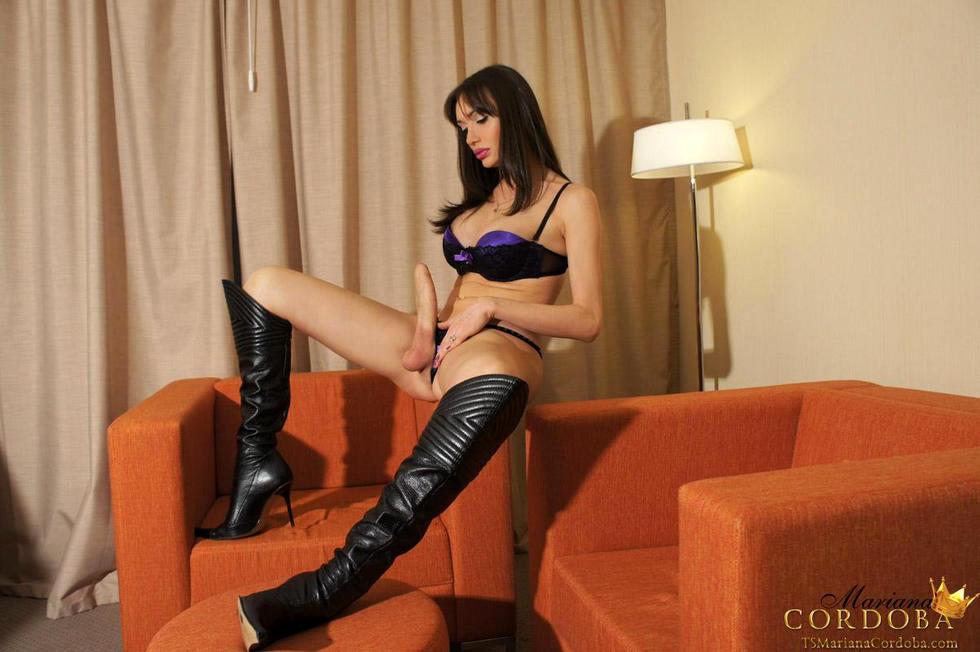 Transexual Mariana Cordoba - Purplelingerie