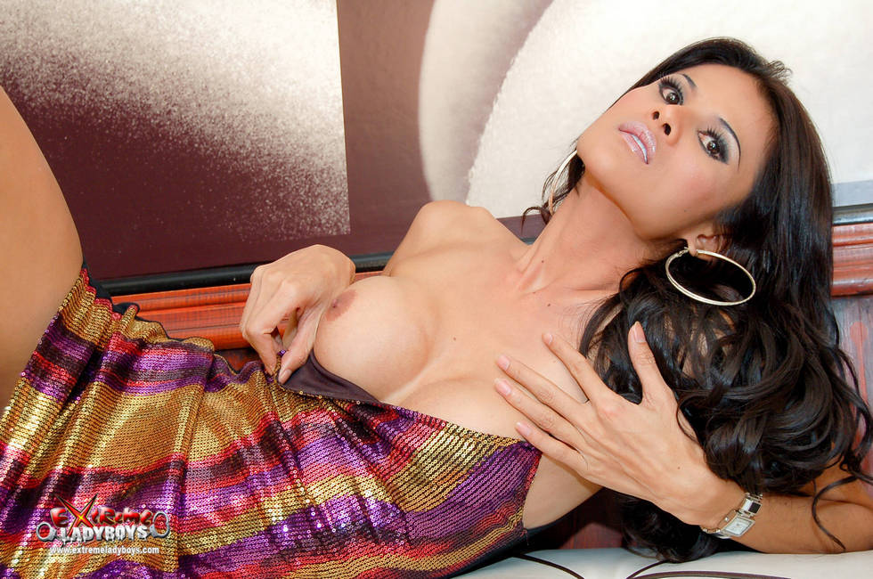 Transexual Nancy Jumps On Tool